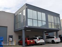 Modern Office in Industrial Complex - Extensive fit-out!