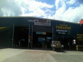 WAREHOUSE WITH GOOD EXPOSURE, BUSY LOCATION CABOOLTURE