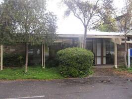 Offices in Highly Sought After City Fringe Location.